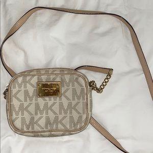 Michael kors cross body bag used